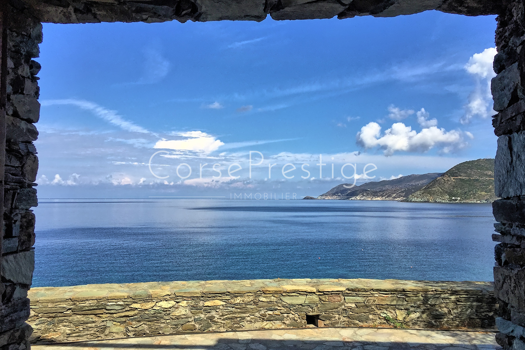 WATERFRONT HOUSE IN CORSICA - Ref N55