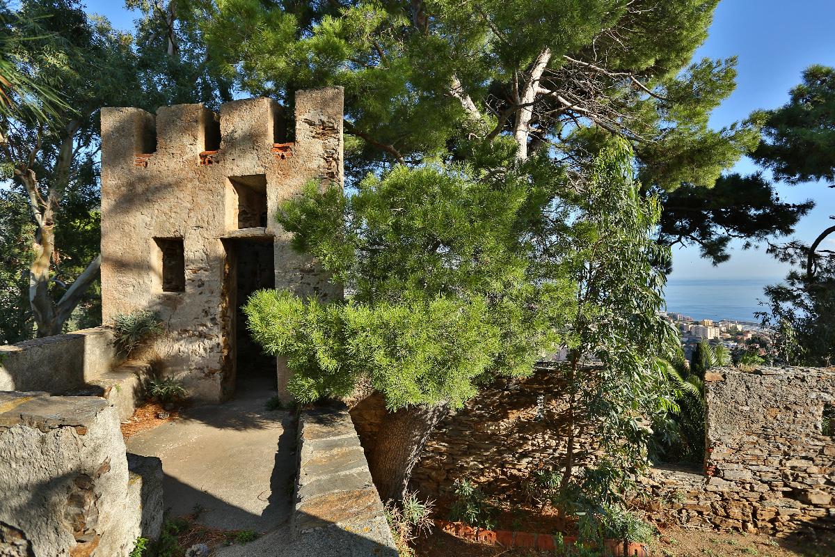 A medieval Genovese fort in Bastia N66