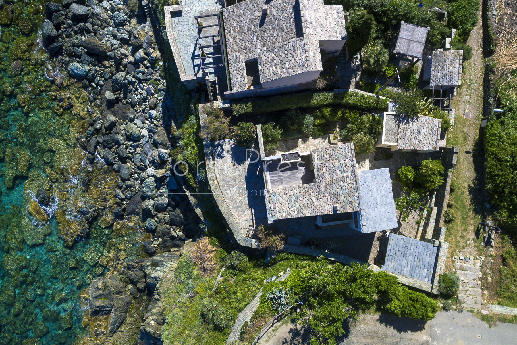 WATERFRONT HOUSE IN CORSICA - EXCLUSIVITY - REF N55