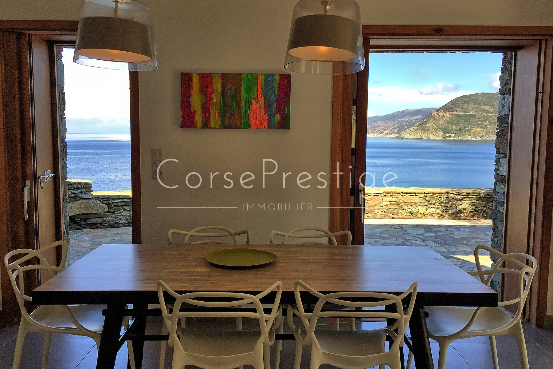 waterfront-house-in-corsica