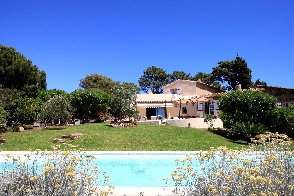 Villa-de-charme-Porticcio-1