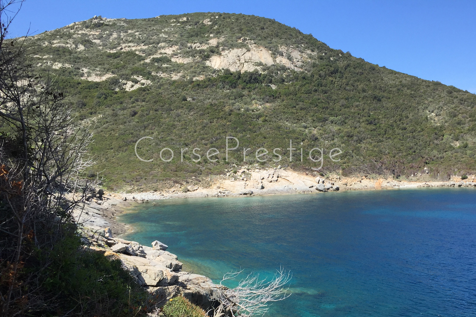 Seafront property in Corsica